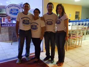 Sr. Josias, Dona Eneide, Marcos e sua esposa.